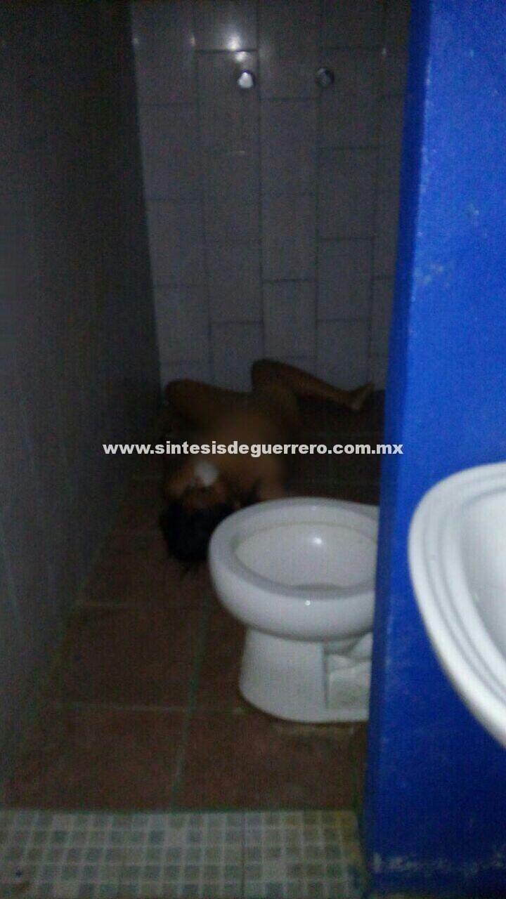 Asesinan a una mujer en el baño de un hotel, en Chilapa