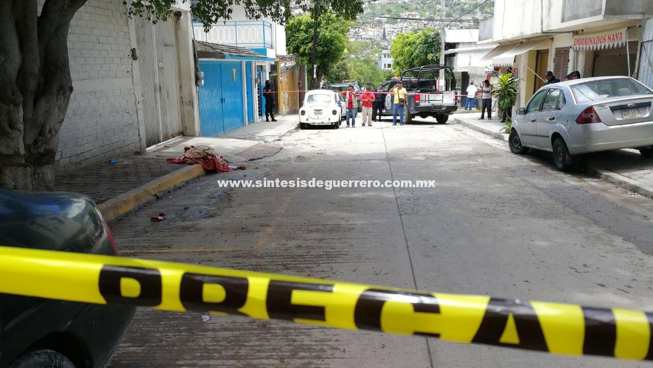 Ejecutan a un hombre con AR-15 en la colonia Benito Juárez de Chilpancingo