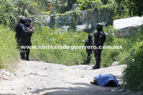 """""""Levantan"""" y ejecutan a conductor de una urvan en Chilpancingo"""