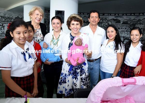 (Video) llama presidenta del DIF Guerrero, Mercedes Calvo, a jóvenes para evitar embarazos no deseados