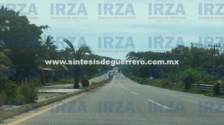 Daban por muerto a campesino que fue atropellado sobre la Acapulco-Pinotepa