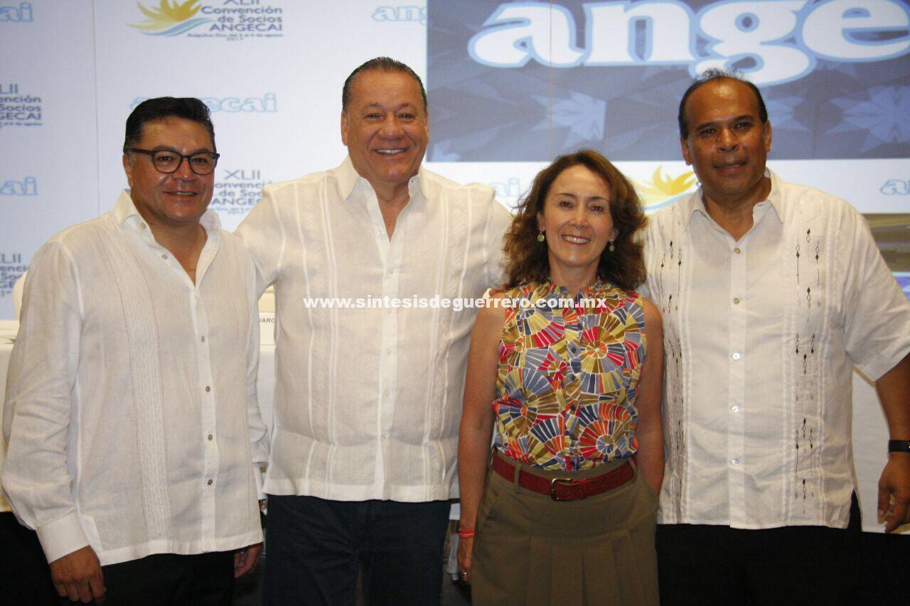 Guerrero, da la bienvenida a participantes de la XLII Convención de la Asociación Nacional de Ejecutivos de Organismo Empresariales y Profesionales