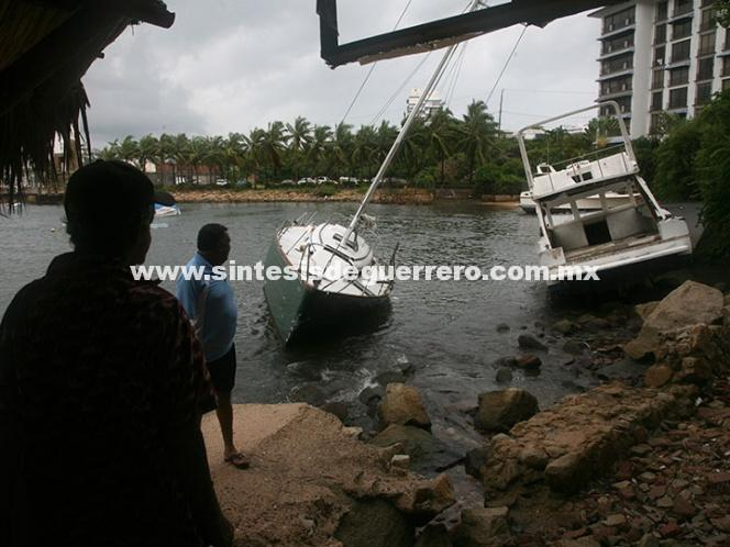 Max se degradó a tormenta tropical, sin embargo seguirá generando lluvias en Guerrero