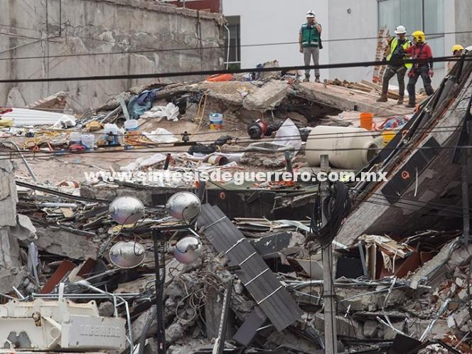Sube a 360 número de muertos por sismo del 19 de septiembre