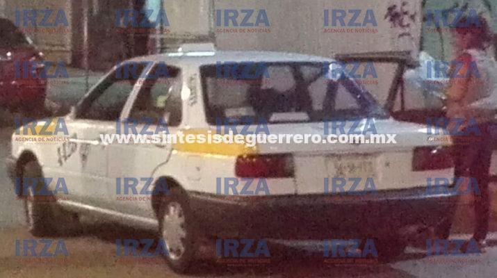 Hallan a adolescente decapitado en la cajuela de un taxi, en Acapulco