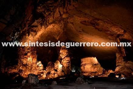 Las Grutas de Cacahuamilpa cerrarán temporalmente a consecuencia del sismo
