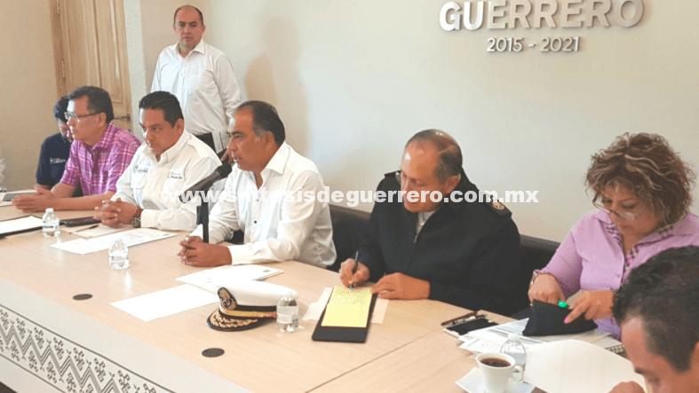 Instala Astudillo Comité de Evaluación de Daños por huracán Max