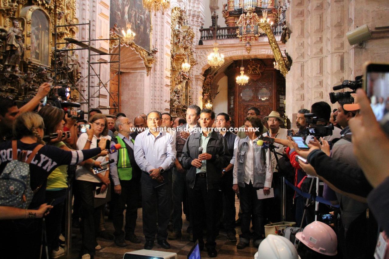 """""""Santa Prisca se mantiene de pie"""", anuncian EPN y Astudillo Flores su restructuración frente a la población y turistas de Taxco"""