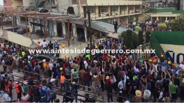 Televisa lucra con la tragedia