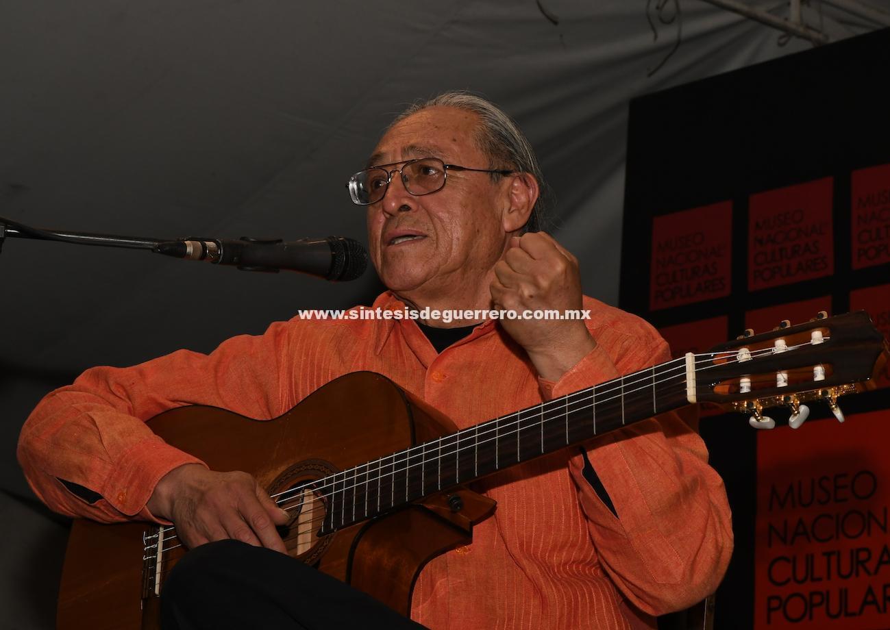 La canción que he hecho durante 45 años tiene un valor de uso: Gabino Palomares