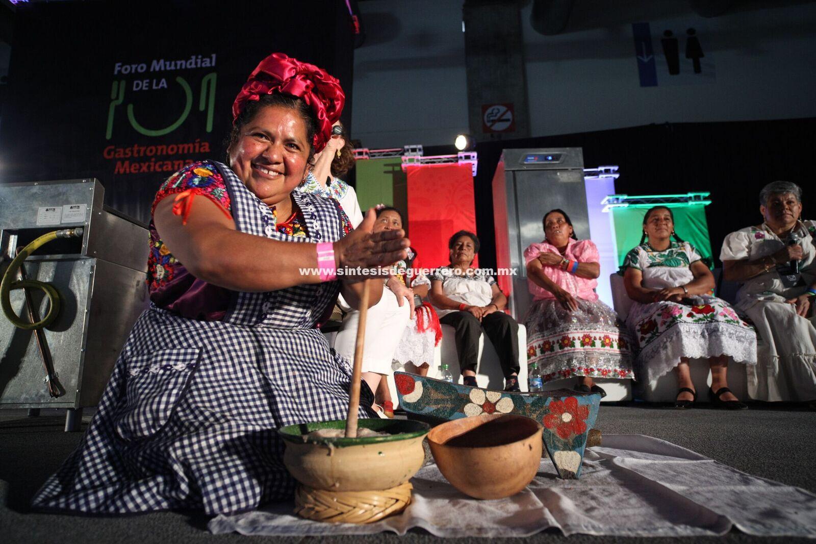 Cocineras tradicionales de 15 estados de la República participarán en el V Foro Mundial de la Gastronomía Mexicana