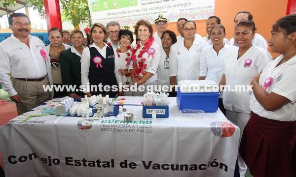 (Video) Pone en marcha Mercedes Calvo la Tercera Semana de Salud en Tecpan
