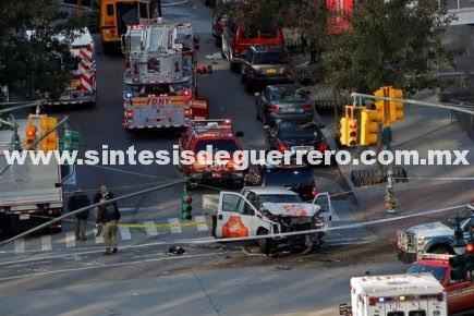 Atropellamiento en Manhattan fue un acto terrorista: alcalde de NY; hay 8 muertos