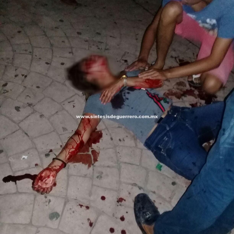 Atacan a navajazos a estudiante de Enfermería en Ometepec