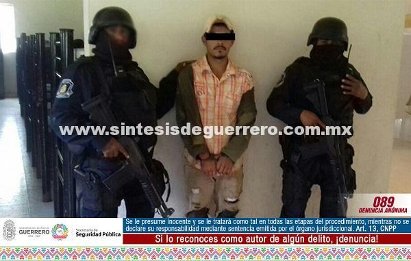 Policía Estatal aseguró en el municipio de Ajuchitlán del Progreso a un masculino con orden de aprehensión