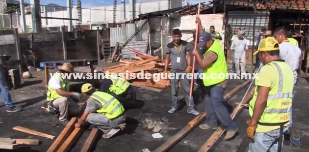 (Video) Agradecen comerciantes apoyo de Evodio y se suman a las labores de reconstrucción