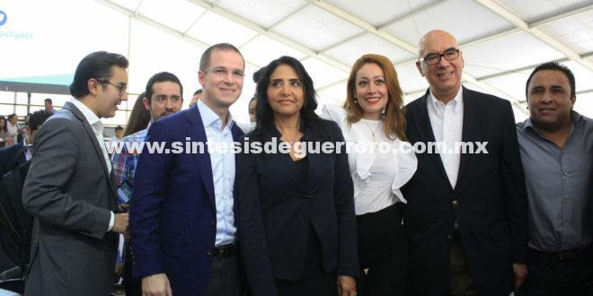 Frente gobierna a 50% del país; presentará plataforma electoral al INE