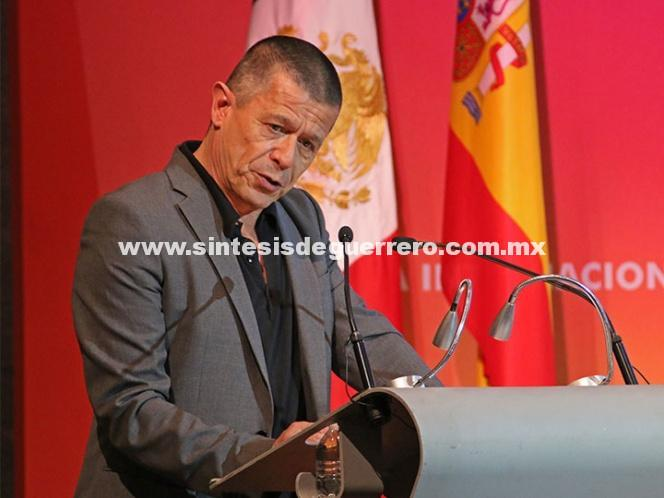 Inicia FIL de Guadalajara con premio para Emmanuel Carrère