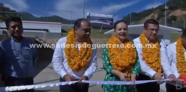 """(Video) """"Seguimos trabajando fuerte para Guerrero"""", señala titular de la CDI en gira de trabajo con Astudillo Flores en la Montaña"""