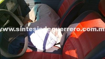 Taxista muerto tras enfrentamiento a balazos, en Acapulco