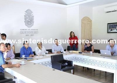 El gobernador Héctor Astudillo sostuvo una reunión de trabajo con integrantes de la Secretaría de Educación Guerrero