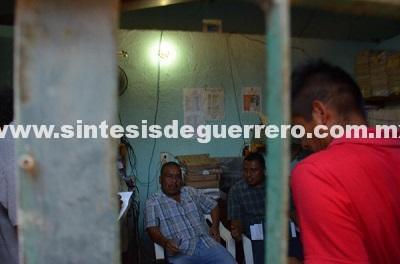 En el Cereso de Ayutla, organizaciones exigen libertad del promotor de la CRAC,Arturo Campos