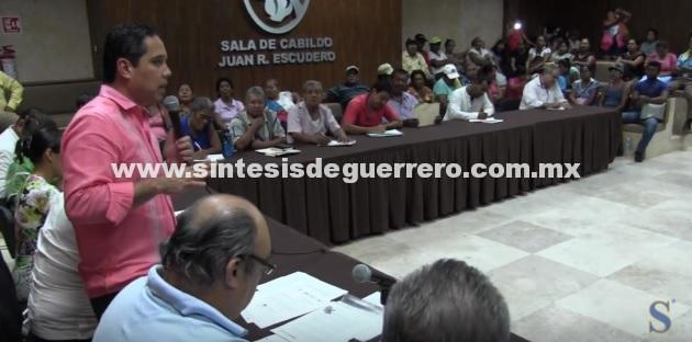 (Video) Atiende Evodio a integrantes del Movimiento Popular Guerrerense (MPG)