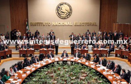 Multarán a partidos políticos con 536 mdp por anomalías en 2016