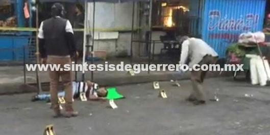 Lo ejecutan con 16 tiros en el mercado de Iguala
