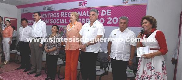 (video) Juntos sociedad y gobierno mejoramos las condiciones de Guerrero: Mercedes Calvo