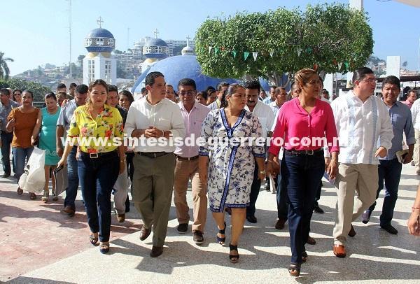 Recorren Evodio y líderes sindicales dependencias del Ayuntamiento