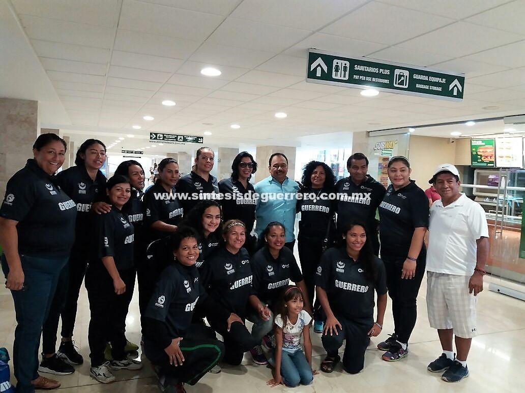 Selección femenil de Guerrero se corona campeón en torneo nacional de basquetbol