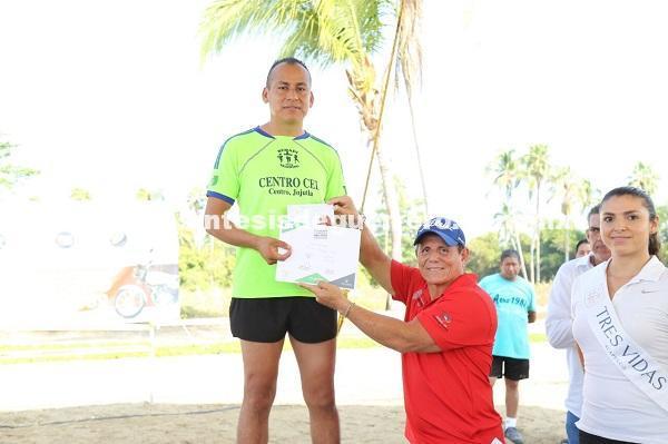 Impulsa y fomenta  el gobernador Astudillo Flores eventos deportivos a favor de los guerrerenses  y visitantes
