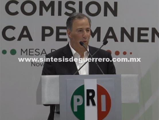 Entrega Meade al PRI carta de intención para precandidatura presidencial