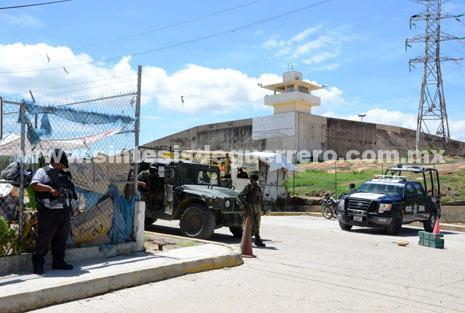 Mantiene Seguridad Pública del estado el control del penal de Acapulco
