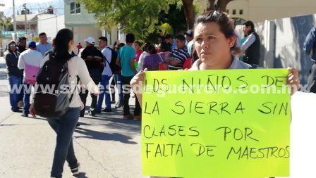 Cerca de mil niños sin clases en la Sierra por falta de maestros, denuncian