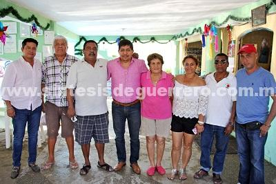 (Video) Atiende Daniel Meza a restauranteros de Playa Bonfil
