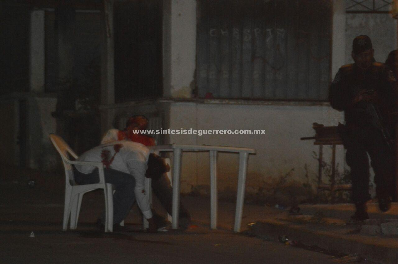 Ataque armado a sitio de taxis en Acapulco; tres muertos