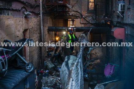 Incendio en Nueva York fue generado niño jugando con la estufa; hay al menos doce muertos, entre ellos un bebé