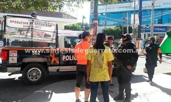 Policías estatales continúan realizando patrullajes de seguridad en vías de comunicación de la montaña