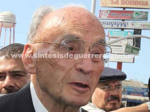 Echeverría Álvarez está hospitalizado