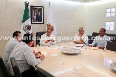 Héctor Astudillo se reunió con el jefe de la oficina del ejecutivo Alejandro Bravo Abarca