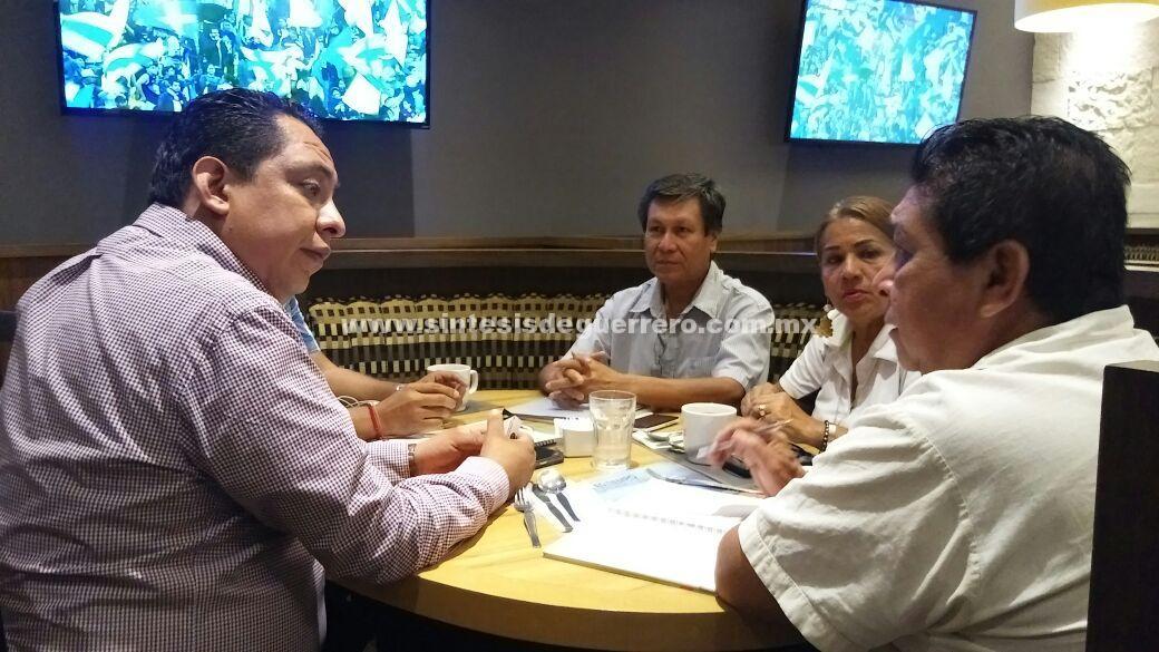 Se reúne Ilich Lozano con ambientalistas