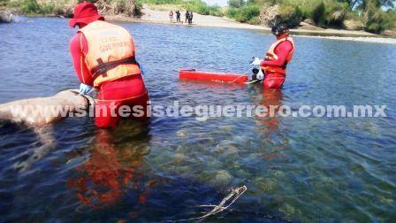 Hallan cuerpo de hombre desaparecido en el Río Balsas