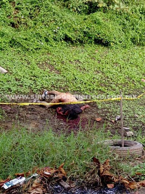 Asesinan a una mujer y la dejan semi desnuda en Atoyac de Álvarez