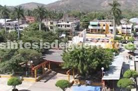 Por falta de maestros; intendentes dan clases en escuela de Costa Grande
