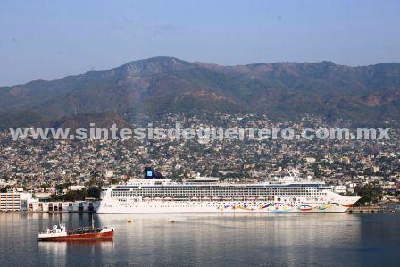 El gobierno de Guerrero logra aumentar el número de cruceros; llegó décimo tercero de la temporada