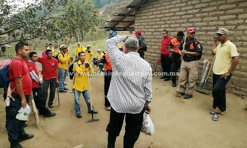 Cumple tres días incendio en la Sierra de Atoyac