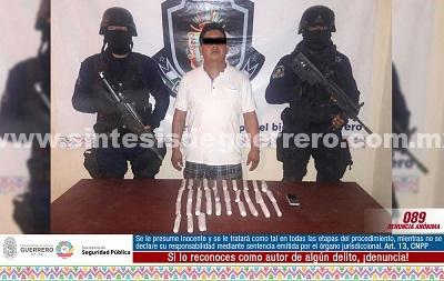 Asegura Policía Estatal en Acapulco a un masculino en posesión de presunta droga