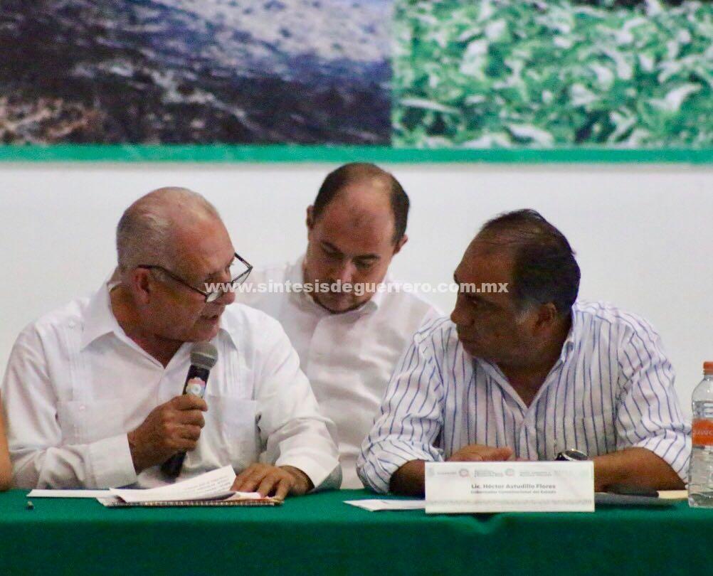 Anuncia Héctor Astudillo Flores fertilizante gratuito este año para el agro guerrerense